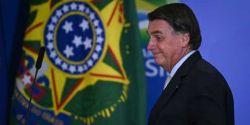 Bolsonaro comenta post de ministro sobre Bruno Covas com emoji